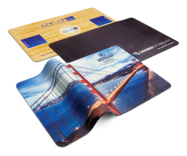 Travel Soft (TM) Microfiber Mouse Pad & Cleaning Cloth